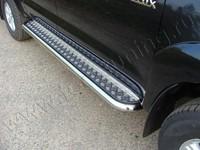 Пороги с площадкой 60,3 мм для Toyota Hilux (2011 -) TOYHILUX12-02